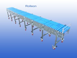 Flexible conveyor on stock